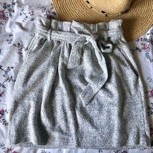 ~ Highwaisted tie grey skirt ~